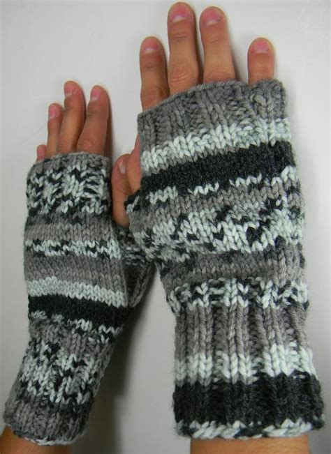 knitted mittens on 2 needles fingerless gloves or mittens 2 needle by louiseknits