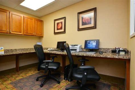 comfort suites eugene comfort suites eugene 2 5 юджин отзывы фото и