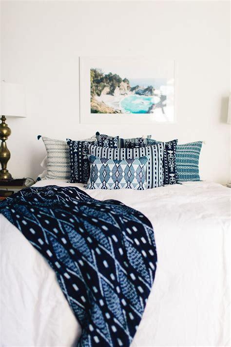 Blue Bedroom Ideas 25 best ideas about indigo bedroom on pinterest blue