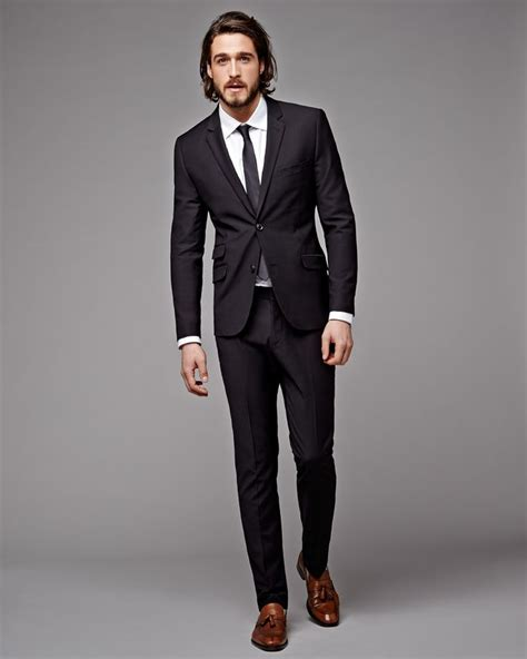 25 b 228 sta black suit brown shoes id 233 erna p 229