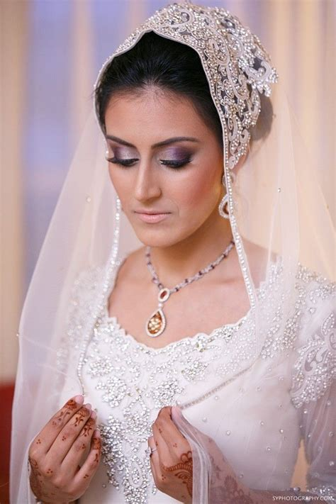 Make Up Nikah 42 best images about baju nikah on receptions wedding and simple dresses