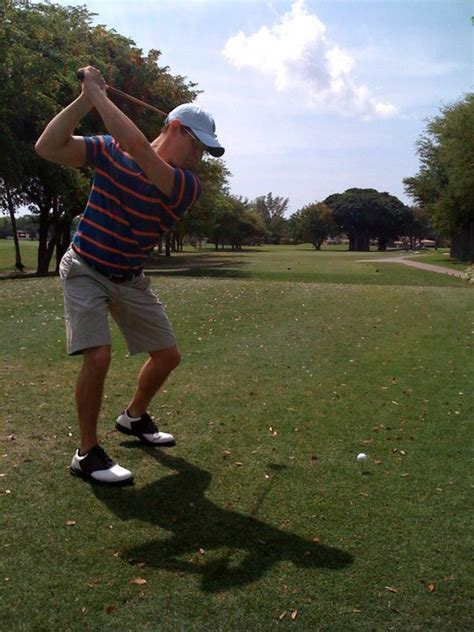 free golf swing tips how to have a pain free golf swing 3 simple tips