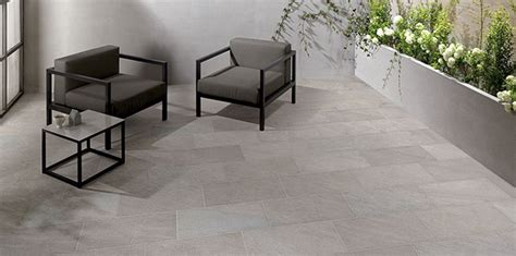 outdoor living rooms travertine ta outdoor tiles the 5 things you must know before buying
