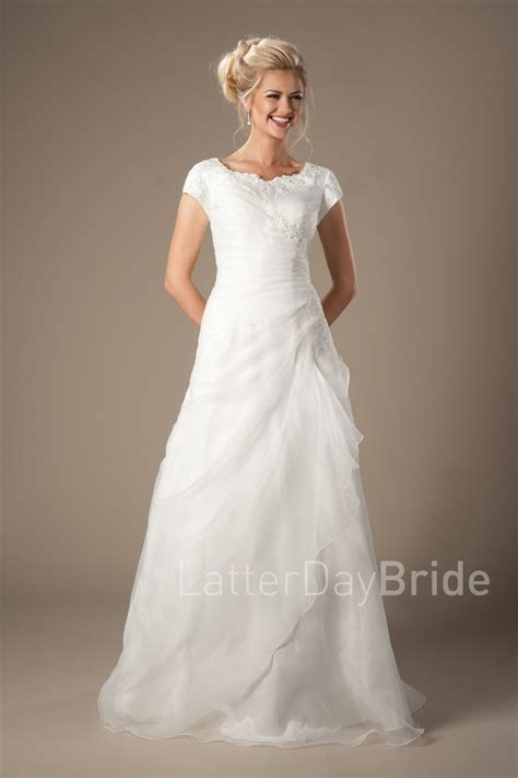 Cheap Bridal Gowns by Cheap Modest Wedding Dresses Drummond