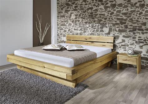holzbetten 160x200 cm balkenbett 160x200 cm aus wildeiche mit schubk 228 sten