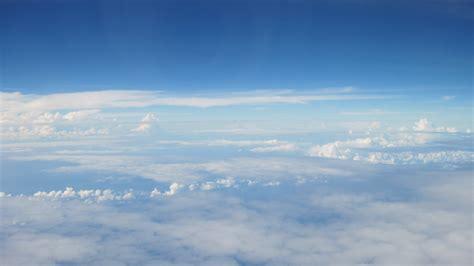 gambar awan warna warni gambar