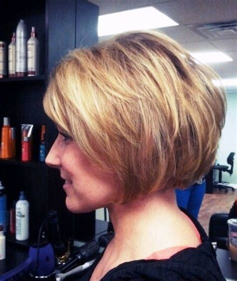 find pics of bobs with stacked backs 1000 images about hairstyles for older women on pinterest