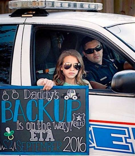 Wedding Announcement Goes Viral by Pasadena Officer S Baby Announcement Goes Viral On Social
