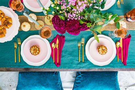 how to set a thanksgiving table a thanksgiving table setting the spice at home