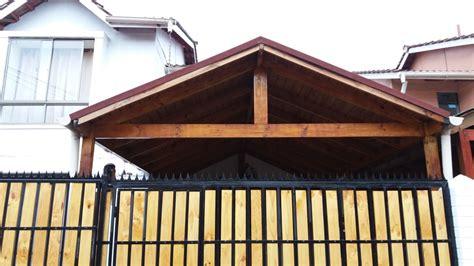 casas con cobertizos de madera foto cobertizo de madera y teja asf 225 ltica con port 243 n de