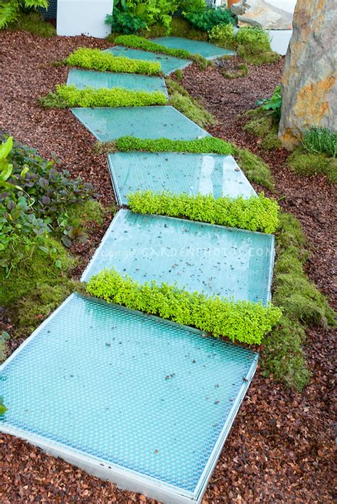 Backyard Stepping Ideas by 13 Gorgeous Pathways That Make The Garden With Unique Look