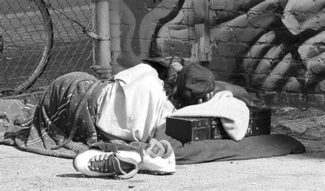 Surfing Homelessness by Data And Stats
