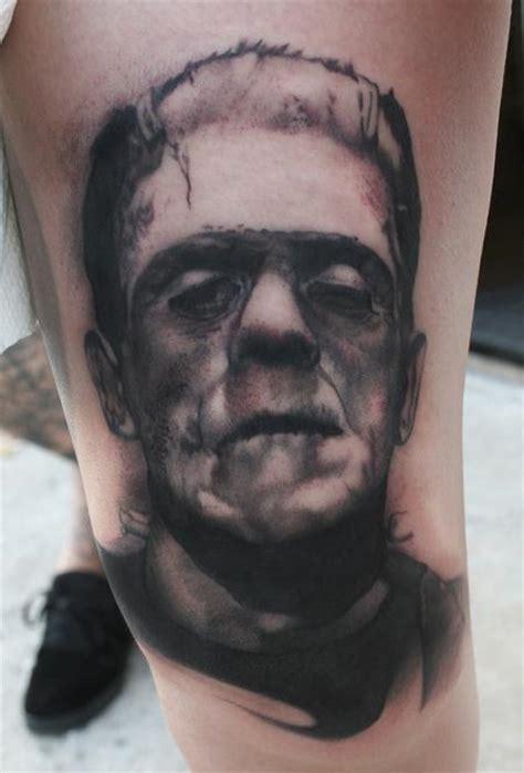 tattoo black and grey portrait art junkies tattoo studio tattoos movie horror