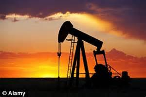 price of oil crashes to six year low as saudi led group