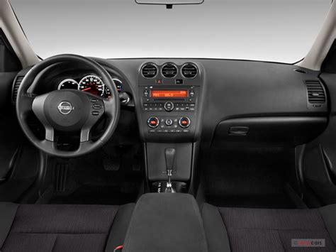 2010 Nissan Altima Interior by 2010 Nissan Altima Hybrid Interior U S News World Report