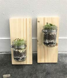 how to make a wall mounted jar planter