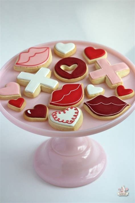 valentine s day cookie decorating valentine s day cookie cupcake ideas sweetopia