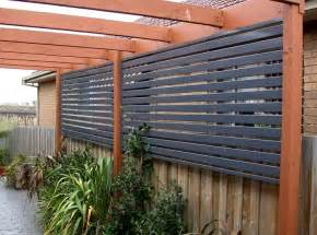 Backyard Fences And Decks Best 25 Deck Privacy Screens Ideas On Pinterest Patio