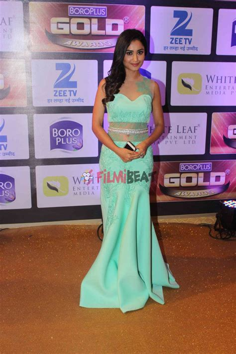top 28 at zee gold awards television fraternity flocks