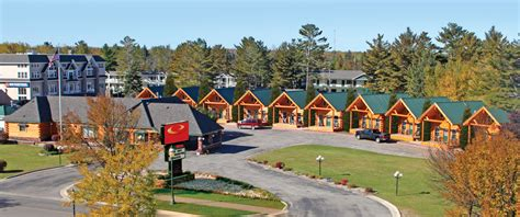cabin city mackinaw city hotels cabins of mackinaw