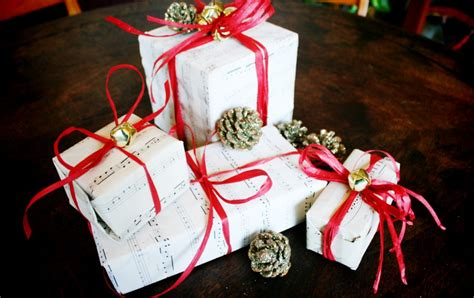 mr kate diy sheet music christmas holiday gift wrap