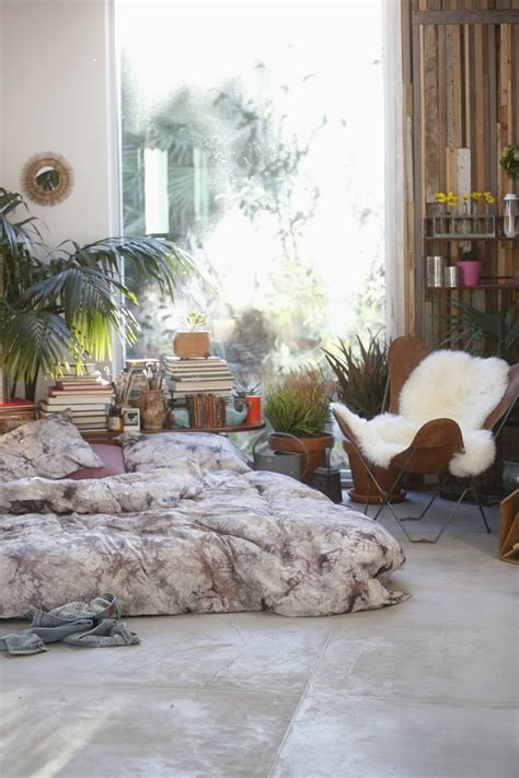 Outfitters Inspired Bedroom by Moon To Moon A Mattress On The Floor