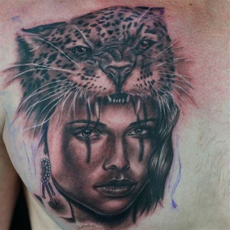 queen lion tattoo queen lion tattoo pictures to pin on pinterest tattooskid