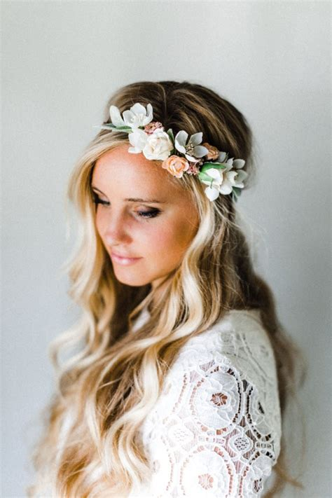 Wedding Hairstyles With Veil And Flower Big by 50 Best Bridal Hairstyles Without Veil Emmaline