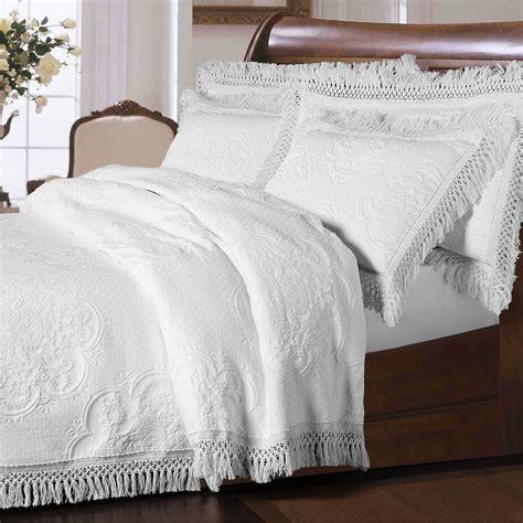 oversized bedding hyde park fringed oversized bedspread bedding
