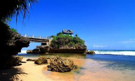 tempat wisata pantai  jogja  wonosari gunungkidul