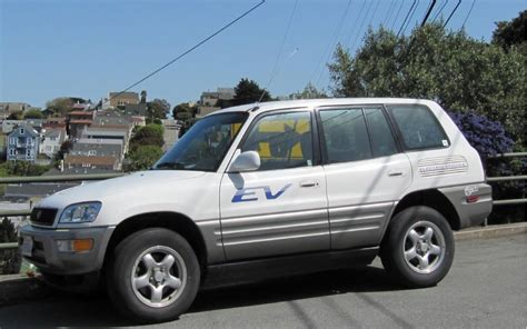 how petrol cars work 1997 toyota rav4 instrument cluster electric car drive report 2002 toyota rav4 ev crossover
