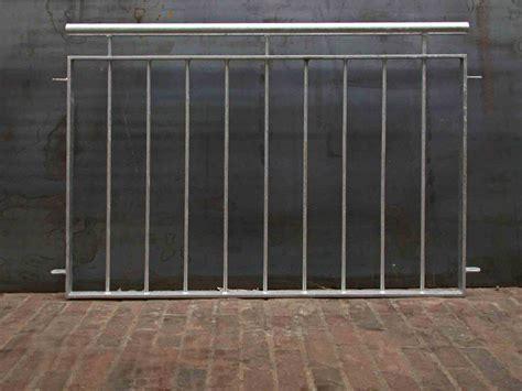 geländersysteme verzinkt balkongel 228 nder verzinkt mit edelstahlhandlauf