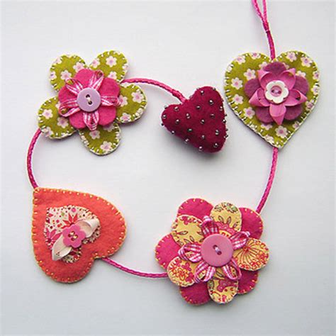 Handmade Fabric Crafts - folksy buy quot hearts and flowers hanging decoration