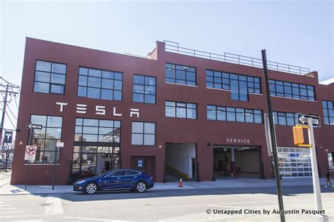 Tesla Building Nyc Tesla Pushes Into With New Showroom On Hook