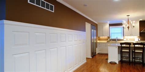 Wainscoting Kitchen by Heritage Raised Panels