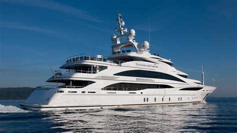 Benetti Yacht ? Diamonds Are Forever ? RUF.LYF