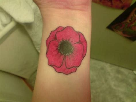 poppy tattoos poppy tattoos designs ideas and meaning tattoos for you