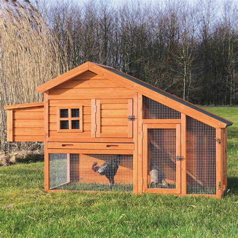 False Roof House Plans by Trixie Natura Peak Roof Chicken Coop With Outdoor Run Petco
