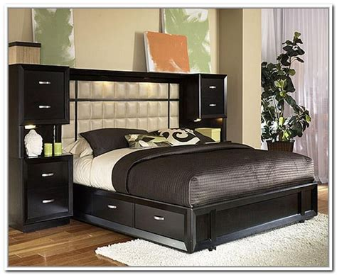 Bed With Storage And Headboard by 1000 Ideas About Storage Headboard On Bed