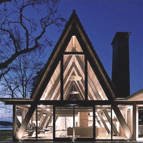 triangle shaped house design triangle house geometric genius pinterest window house and shape