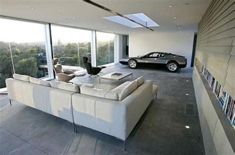 El garaje de Holger Schubert, el más bello del mundo pero