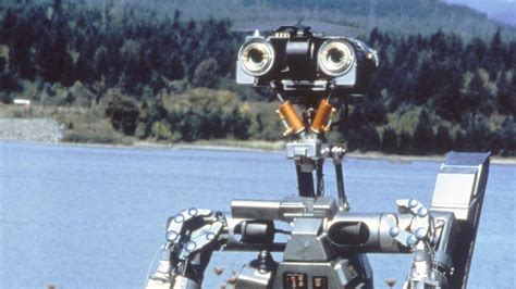 Film Robot Short Circuit | short circuit reboot to feature edgier more menacing