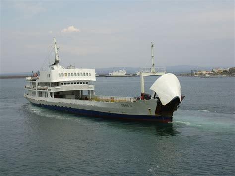traghetto porto torres asinara asinara delcomar
