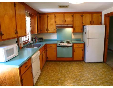rate kitchen cabinets 1960s kitchens 1960s kitchen kitchen designs decorating ideas hgtv rate my
