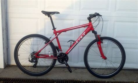 Gt Aggressor 3 0 Mountain Bike Police Auction