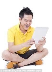 men, we only want you for your ipad! gadget loving women
