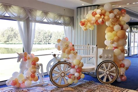 Floor And Decor Com Organic Half Arch And Garlands Horse And Cart Balloons