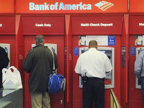 bank overdraft study largest u s banks still charge high overdraft fees