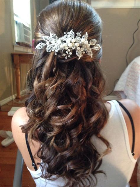 wedding hair half up half curls half up half wedding hair with big curls we