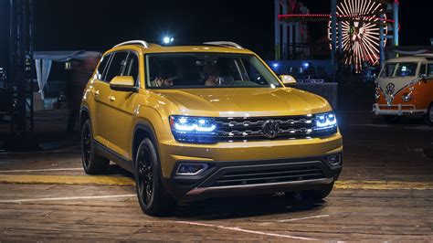 volkswagen atlas 2018 volkswagen atlas revealed with two engines three rows